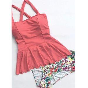 Cupshe Peplum tankini bathing suit XL